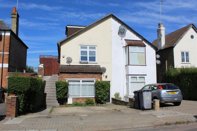 Thumbnail Maisonette for sale in Leicester Road, New Barnet, Barnet