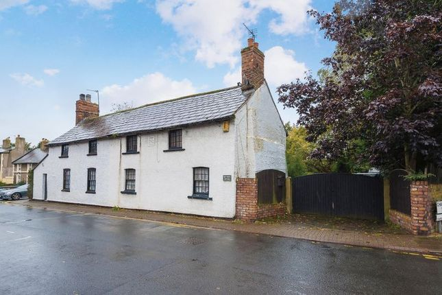 2 bed property for sale in Chapel Street, Ormskirk