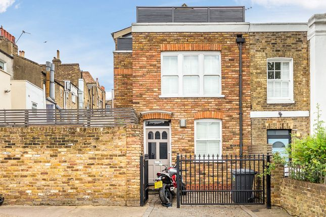 Thumbnail End terrace house for sale in Charteris Road, Finsbury Park