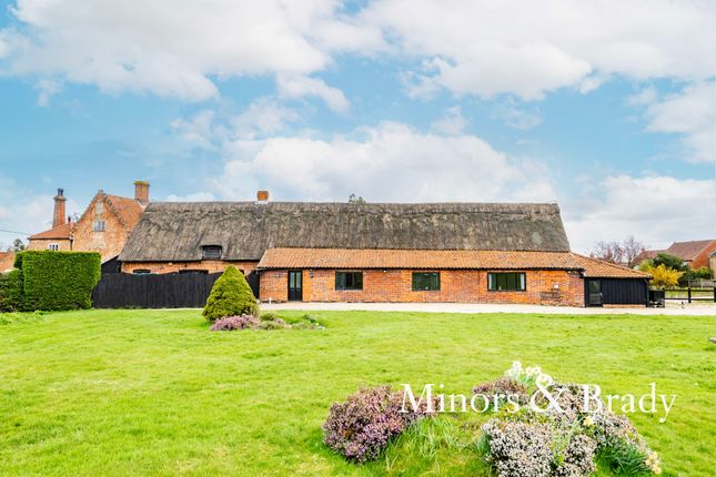 4 bed barn conversion for sale in The Street, Hockering, Dereham NR20