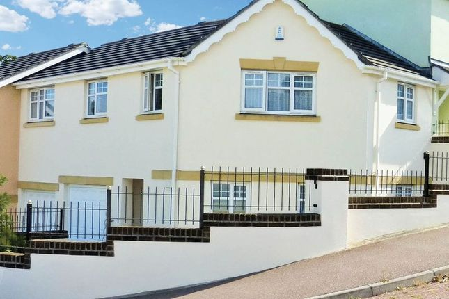 3 bed terraced house for sale in Chestnut Crescent, Chudleigh, Newton Abbot