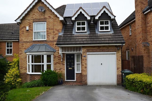 4 bedroom detached house for sale in Rush Croft, Thackley, Bradford
