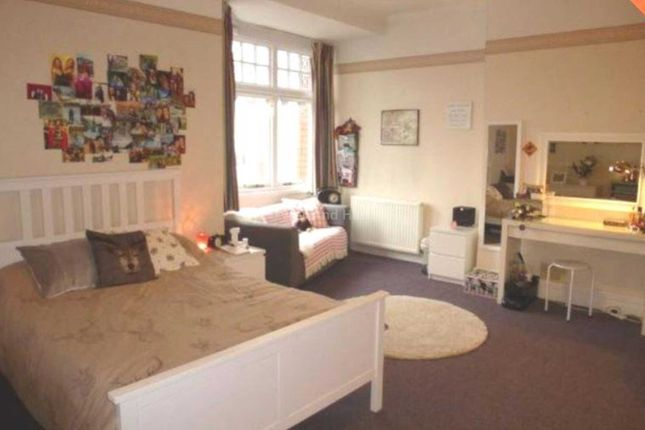 Thumbnail Shared accommodation to rent in Hunters Lane, Wavertree, Liverpool