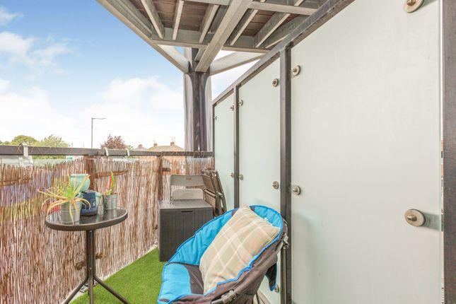 Balcony of Edge Street, Aylesbury HP19