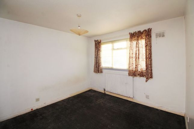 Bedroom One of Duddingston Drive, Kirkcaldy KY2