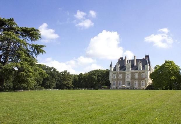 Thumbnail Parking/garage for sale in Chateau, Near Chateaugontier, Loire Valley