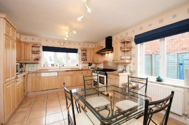 Thumbnail Detached house to rent in Monmouth Grove, Kingsmead, Milton Keynes