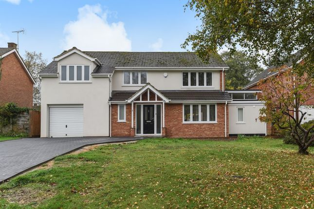 Thumbnail Detached house for sale in Chiltern Close, Henley-On-Thames
