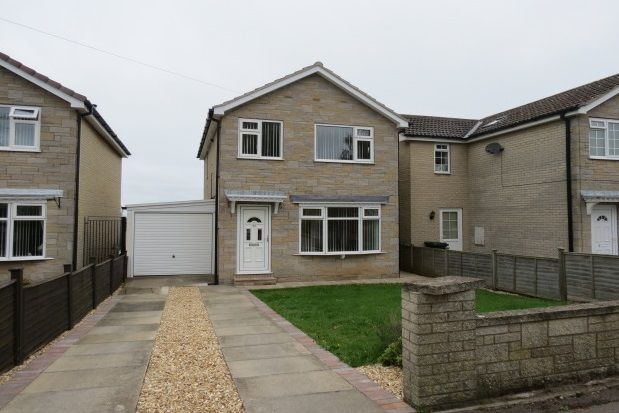 Thumbnail Detached house to rent in Greenlands Road, Pickering