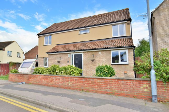Thumbnail Detached house for sale in Meadow Grass Close, Colchester