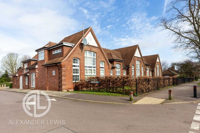 Thumbnail Flat for sale in Old Westbury, Letchworth Garden City