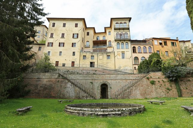 Thumbnail Town house for sale in Montepulciano, Monticiano, Siena, Tuscany, Italy