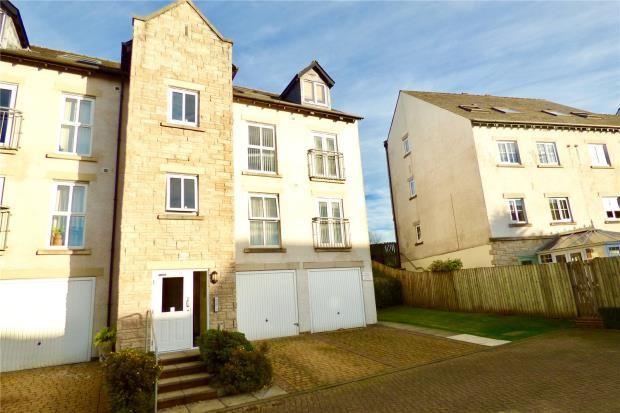 Thumbnail Flat to rent in Kirkstone Close, Kendal, Cumbria