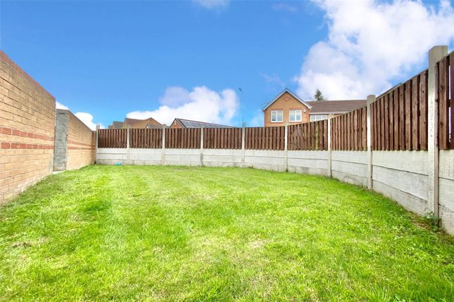 Picture No. 04 of Hemble Way, Kingswood, Hull, East Yorkshire HU7
