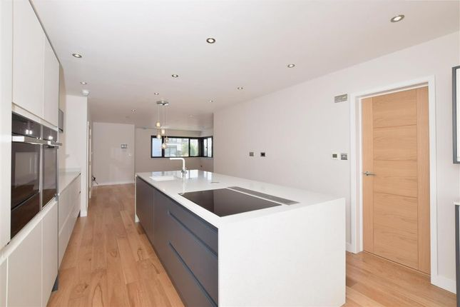 Thumbnail Flat for sale in Sea Place, Goring-By-Sea, Worthing, West Sussex