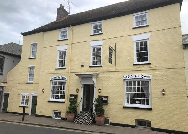 Thumbnail Hotel/guest house to let in Arundel House, 11 High Street, Arundel, West Sussex