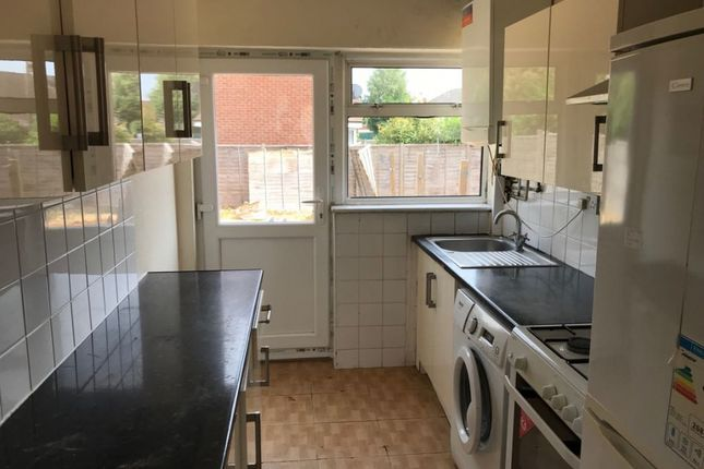 Thumbnail Semi-detached house to rent in Princes Park Lane, Hayes