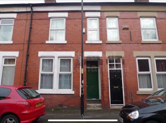 Thumbnail Shared accommodation to rent in Albion Road, Manchester