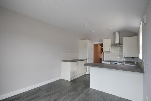 Thumbnail Maisonette to rent in Gileston Road, Pontcanna, Cardiff