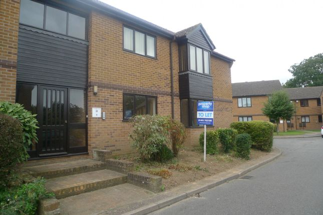Thumbnail Flat to rent in Cardington Court, Acle, Norwich