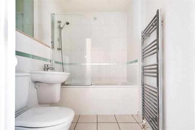 Bathroom of Violet Road, Bow, London E3