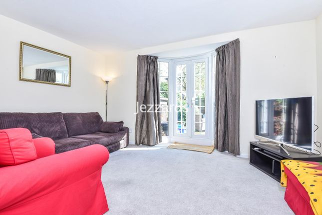 Thumbnail Property to rent in Copenhagen Gardens, London