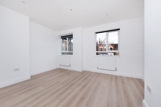 Thumbnail Flat to rent in Lordship Lane, London