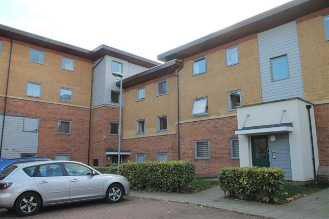 Thumbnail Flat to rent in Millicent Grove, London