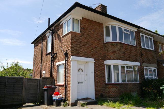 3 bed terraced house to rent in View Road, Potters Bar