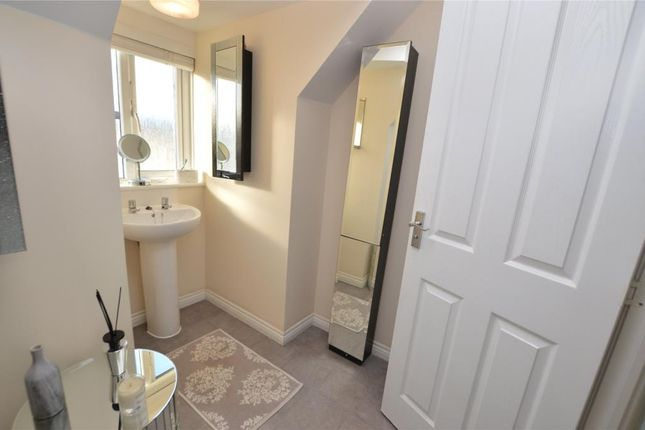 Picture No. 16 of Wilson Close, Newquay, Cornwall TR7