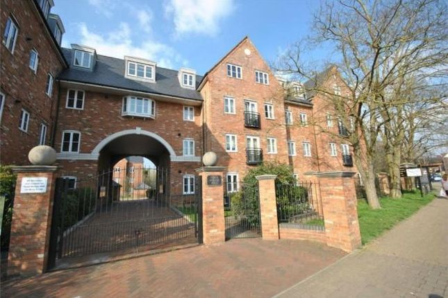 2 bed flat to rent in Leighton Road, Leighton Buzzard