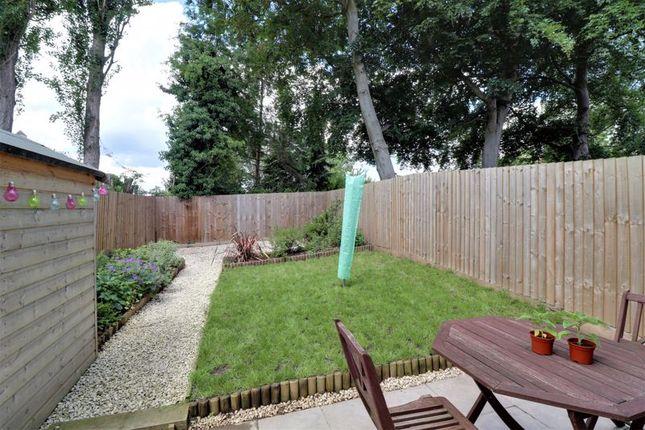 Garden of Manor Grove, Stafford ST16