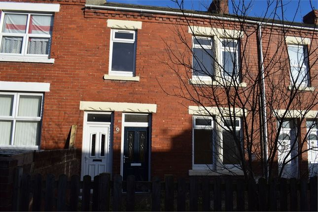 Thumbnail Flat to rent in Queen Street, Ashington, Northumberland