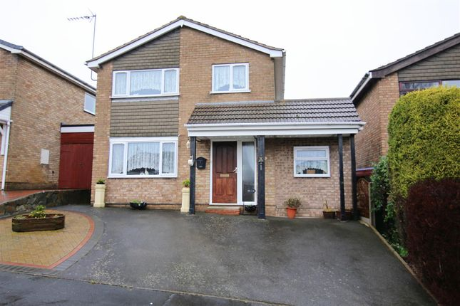 3 bed detached house for sale in Derwent Close, Brownsover, Rugby