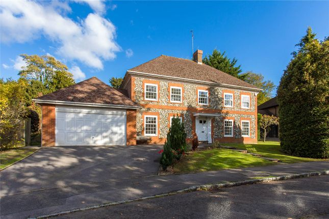 Thumbnail Detached house to rent in Donnay Close, Gerrards Cross, Buckinghamshire