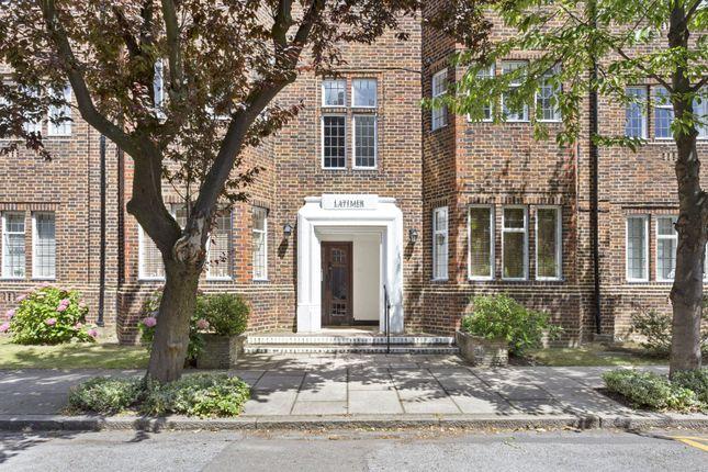 Picture No. 14 of Tudor Close, Belsize Park, London NW3