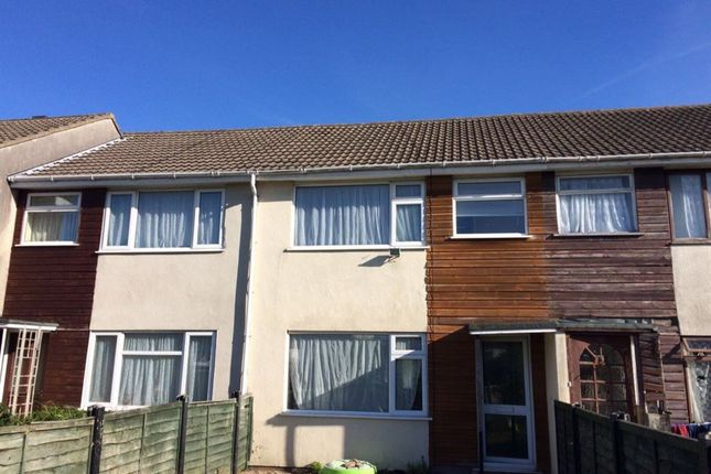 Thumbnail Property to rent in Mendip Avenue, Worle, Weston-Super-Mare