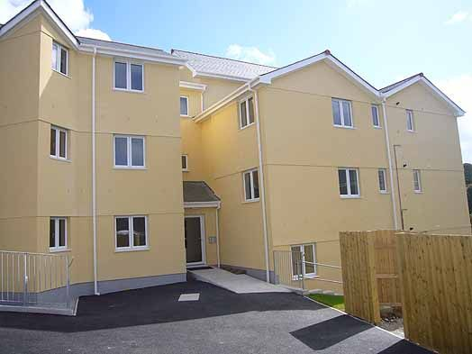 Thumbnail Flat to rent in Sparnon Close, Redruth