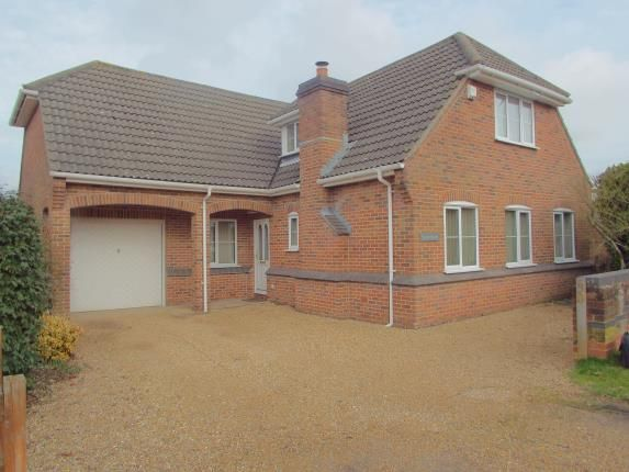 Thumbnail Bungalow for sale in Colden Common, Winchester, Hampshire