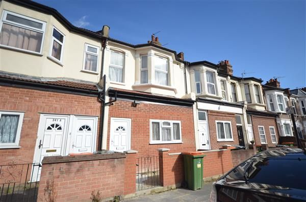Thumbnail Terraced house to rent in Dersingham Avenue, London