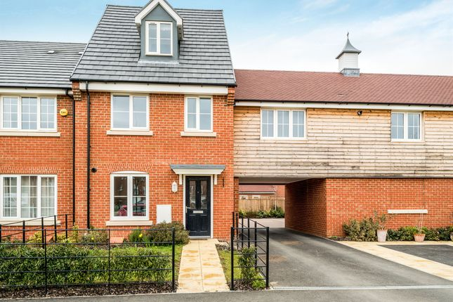 Thumbnail Town house for sale in Paradise Orchard, Aylesbury