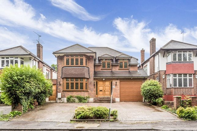 Thumbnail Detached house to rent in Brook Way, Chigwell