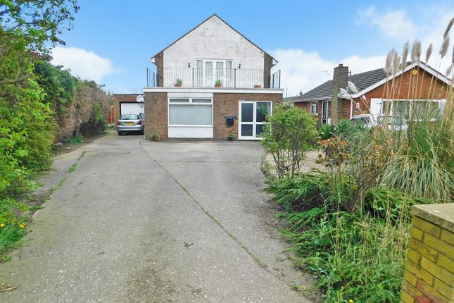 Thumbnail Detached house for sale in Burgh Road, Skegness
