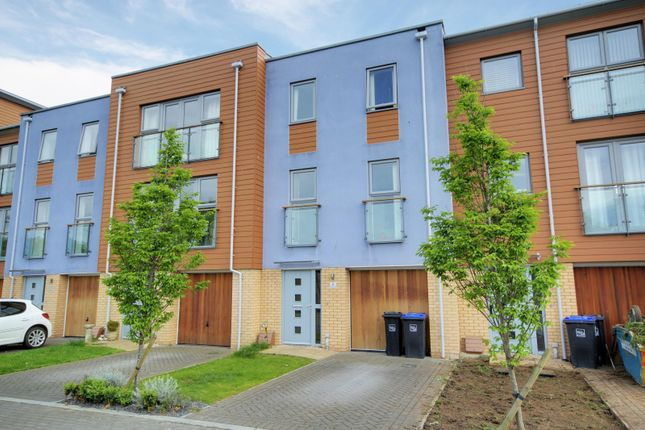 Thumbnail Town house to rent in Bluebell Way, Goring By Sea