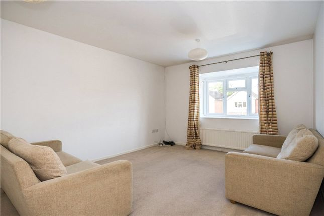 Living Room of King James Way, Henley-On-Thames, Oxfordshire RG9