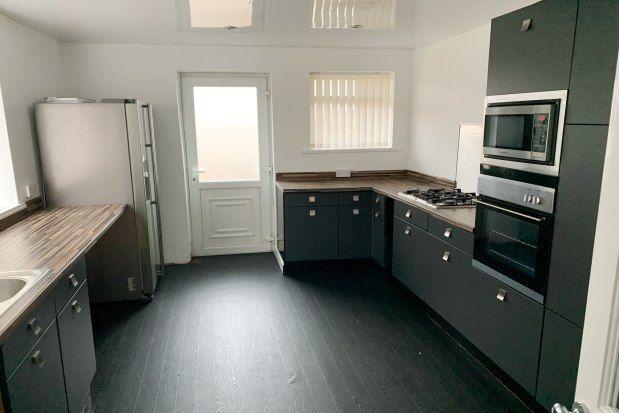 2 bed flat to rent in Shotton Avenue, Blyth NE24