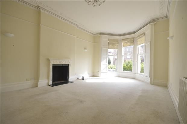Thumbnail Flat to rent in Gff Apsley Road, Bristol