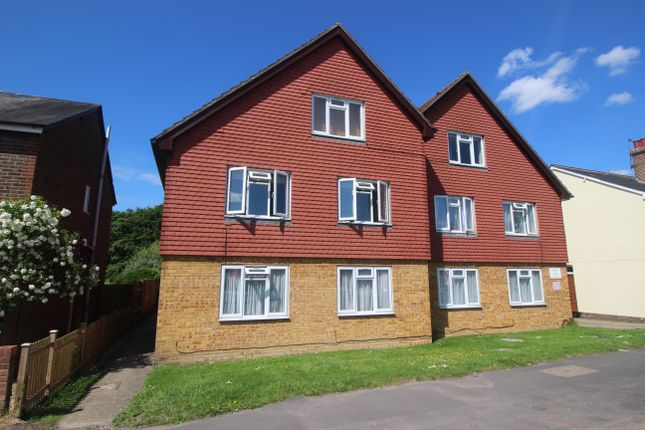 1 bed flat for sale in Horley Road, Redhill RH1