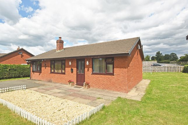 Thumbnail Detached bungalow for sale in Newbridge On Wye, Llandrindod Wells
