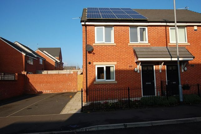 Thumbnail Semi-detached house to rent in Eastcote Avenue, Derker, Oldham